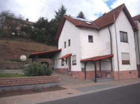 Einfamilienhaus in Kleinkahl  - Großlaudenbach
