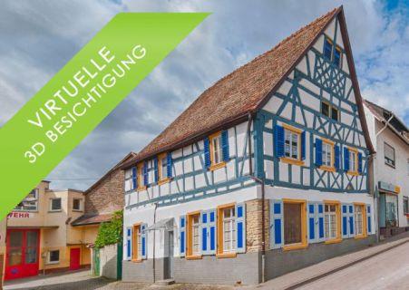 Etwas Besonderes: Historisches Fachwerkhaus mit Blick auf Basilika