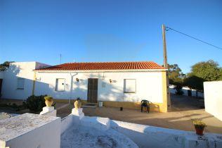 Ferienhaus in Caramujeira