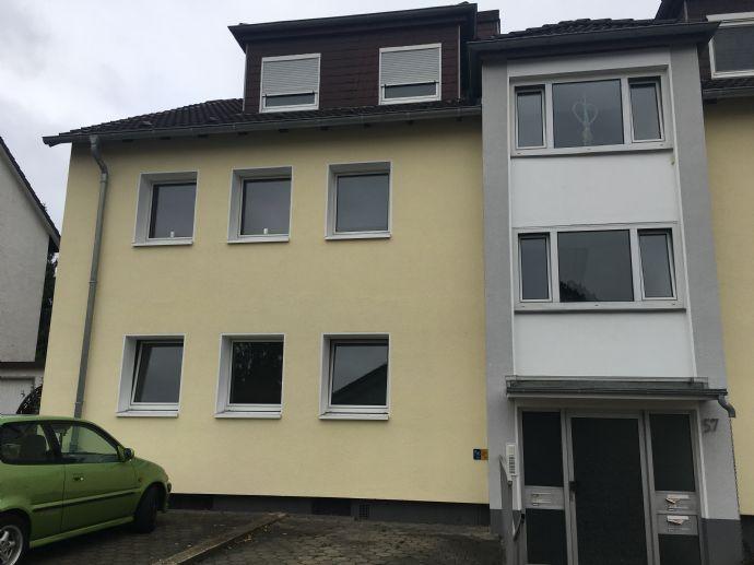 Erstbezug nach Sanierung! 3,5 Zimmer Erdgeschoßwohnung mit Balkon