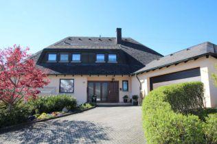 Zweifamilienhaus in Trossingen  - Schura