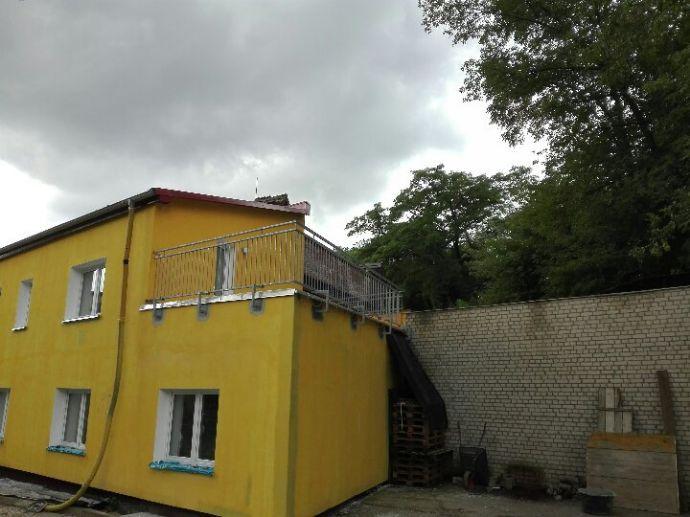 Riesen Terasse-Neu saniert in Jüterbog 5 Minuten zum Bahnhof