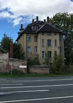 denkmalgesch tztes mehrfamilienhaus in altchemnitz. Black Bedroom Furniture Sets. Home Design Ideas