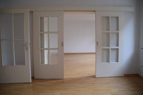 Moderne 4 -Zimmer-Wohnung  - direkt am Pferdemarkt!