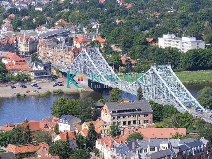 """Toplage-Mit Blick über die Elbe direkt am """"Blauen Wunder"""""""