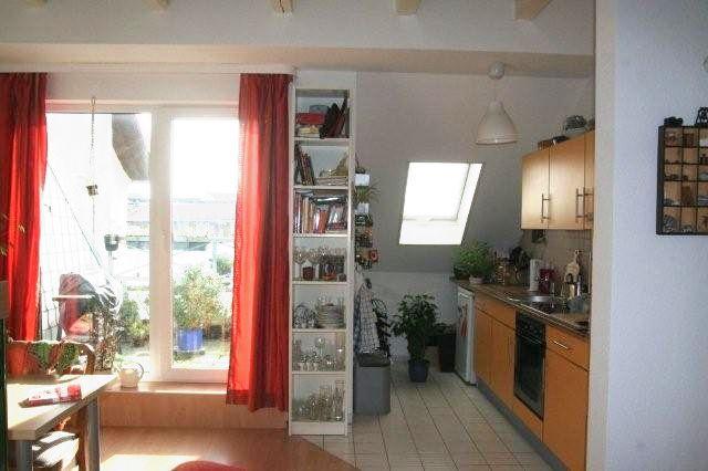 Individuelle Dachgeschosswohnung im Herzen der Stadt mit direktem Blick auf die Elbe