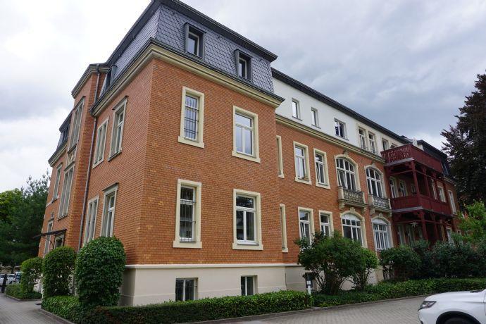 Große 4-Raum-Wohnung im Preußischen Viertel