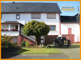 Zweifamilienhaus in Kroppach
