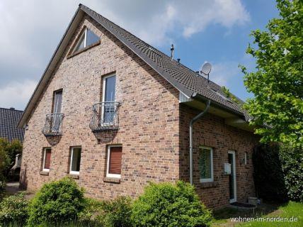Attraktive Doppelhaushälfte in idyllischer Lage