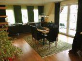 Schicke, großzügige Eigentumswohnung mit 3 Zimmern und ausgebautem Dachgeschoss...