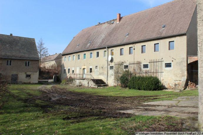 idyllisch gelegene Hofstelle mit noch alten Charme