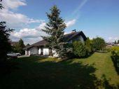 Sehr charmantes Einfamilienhaus auf großem Grundstück auf dem Ballenberg