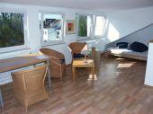Zentrale 1 Zimmer Dachgeschoßwohnung in der Parkallee / Altbremerhaus....