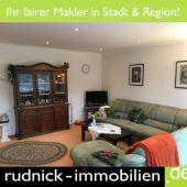 RUDNICK bietet PARTERRE in ALT-GARBSEN: 2-Zi.-Wohnung mit Blick in das...
