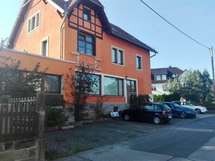 Renditeobjekt! Schmuckes Mehrfamilienhaus idyllisch gelegen in Lohmen!