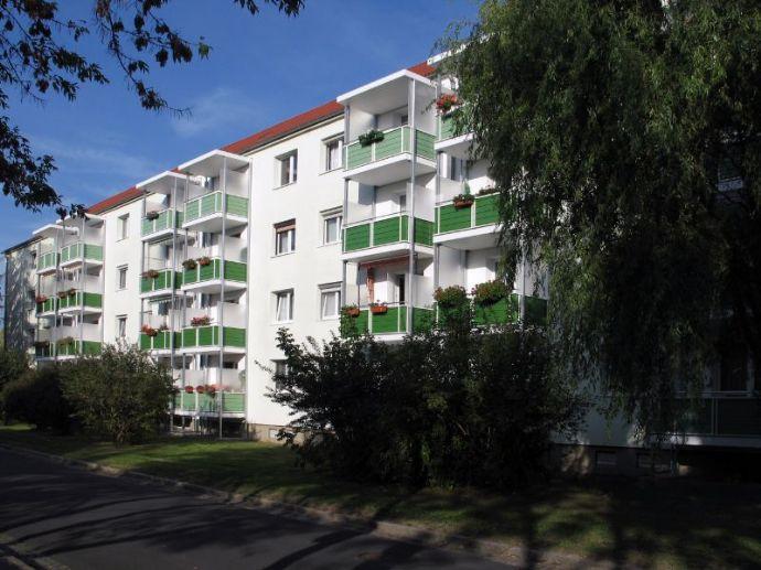 Preisgünstige 3-Raum-Wohnung mit Balkon