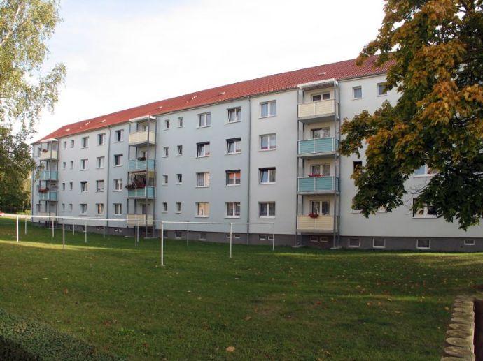 Gemütliche 2-Raum-Wohnung mit Balkon & Blick ins Grüne