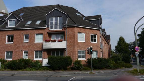 3 - Zi. Wohnung mit Tiefgaragenstellplatz und Balkon im Hochparterre