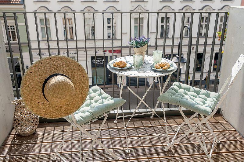 wohnungen mieten berlin kga alte baumschule mietwohnungen. Black Bedroom Furniture Sets. Home Design Ideas