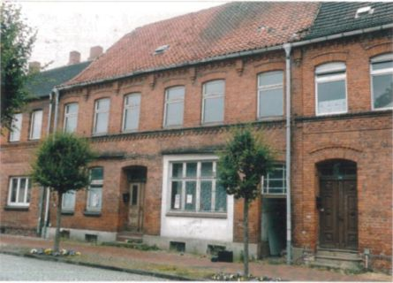 Zweifamilien-Zwangsversteigerungshaus in Dömitz