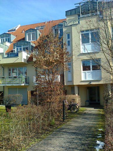 Schöne 1 Raum mit Balkon in Dresden-Weißig