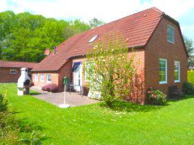 Einfamilienhaus in Hage  - Berum