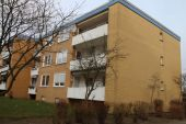 4 Zimmer Wohnung 94 m2  -frisch renoviert-