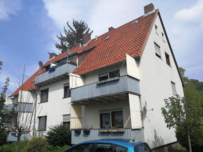 ++ Schöne gemütliche 3 Zimmer Wohnung mit Balkon / WG geeignet ++