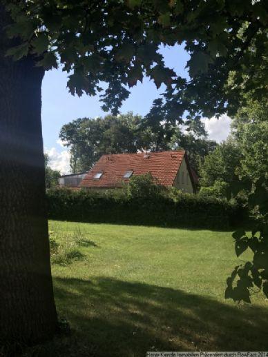 Straßenseitig erschlossener EFH-Bauplatz in Lenz bei Großenhain zum kleinen Preis!!