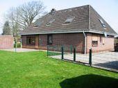 Großes XXL Einfamilienhaus mit drei Garagen in Elsdorf -  Westerrönfeld