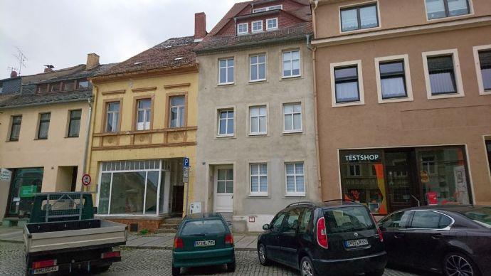 1-Zimmer-Appartement mit großem Bad und Einbauküche