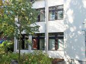 CO ** Ärztehaus hat Praxisräume frei ** ca. 4 Zimmer mit ca. 145 m² **...