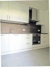 Charmante und komplett modernisierte 3 Zimmer-Wohnung im Herzen von Winterhude...
