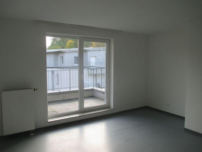 Neu renovierte 3,5-Raum-Wohnung mit Balkon!