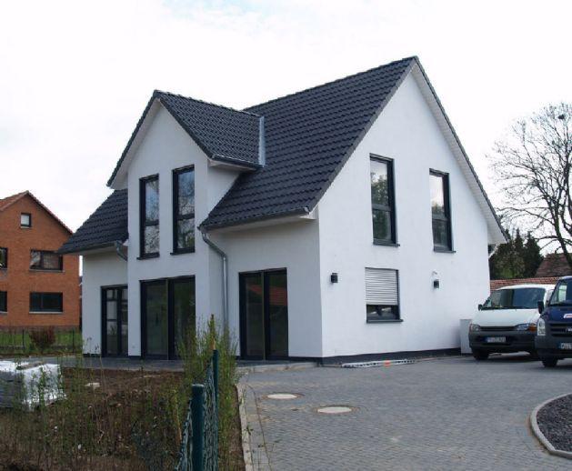 Modernes Haus modernes haus mit zwerchgiebel