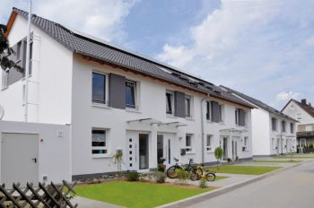 Reihenhaus Statt Wohnung Neubau Von Reihenhäusern Mit 136 M² Wfl
