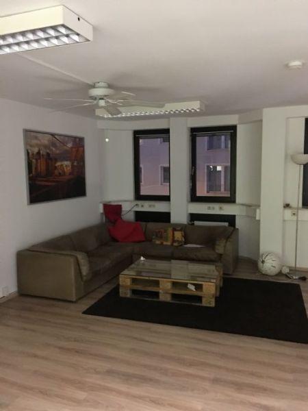 6-Zimmer-Wohnung mit Balkon im Herzen von Wiesbaden