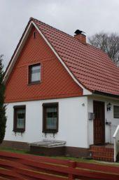 Gemütliches Einfamilienhaus mit viel Grün RESERVIERT