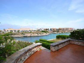Reihenmittelhaus in Ciutadella de Menorca