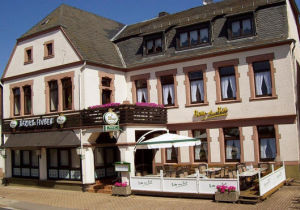 Gastronomie in Weiskirchen  - Konfeld