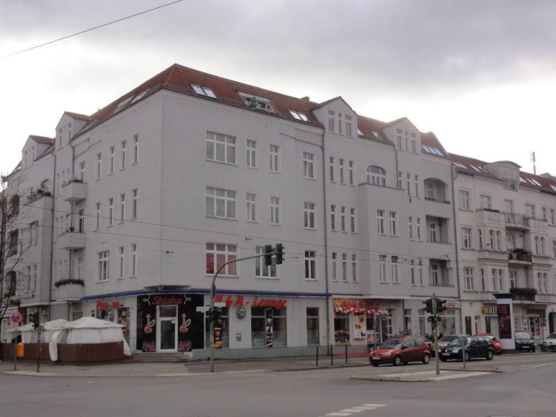 *NEU* Sanierte Familien-/ WG-Wohnung in Johannisthal (Treptow)