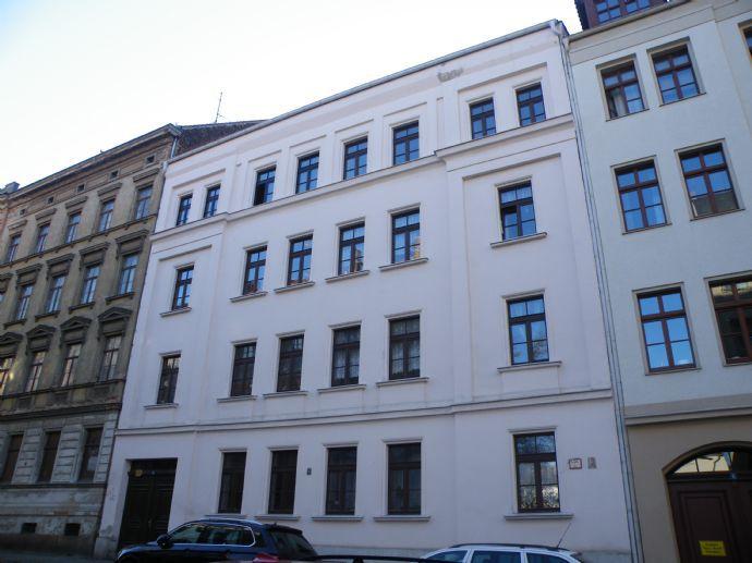 große 3-Raum Wohnung in der Innenstadt