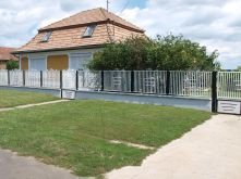 Einfamilienhaus in Polány