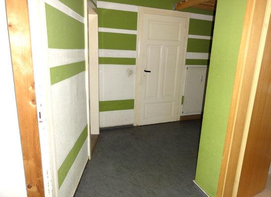 Gemütliche 2-Zimmer-Dachgeschosswohnung mit Wohnküche! - Frisch renoviert!