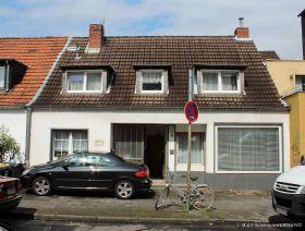 Zweifamilienhaus in Köln  - Bickendorf