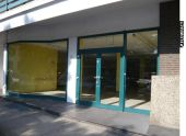 Ladenlokal in attraktiver Lage, mit Parkmöglichkeiten direkt vor dem Haus