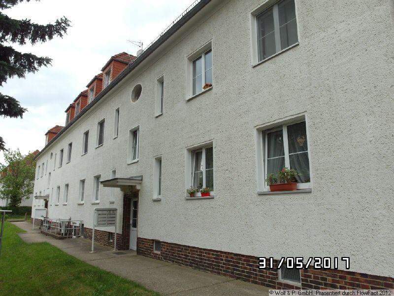 schöne 3-Zimmer-DG-Wohnung OHNE BALKON !!! in 01239 Dresden