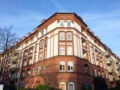 VERKAUFT: Schön geschnittene 2-Zimmer-Wohnung mit Balkon in Hamburg-Barmbek-Süd