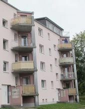 Moderne Wohnung mit Balkon !