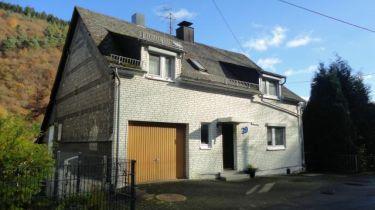 Einfamilienhaus in Schutzbach
